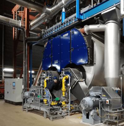 heetwaterketel in een energiecentrale